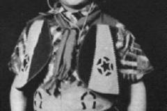 Alan Sugar jouant au cow boy